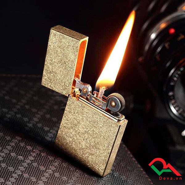 Bật lửa xăng đá Calories 410