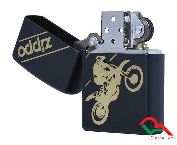 bật lửa Zippo có in hình moto